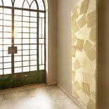 Luxusní designový radiátor Jeux D'ombres z Olycale kamene - v interiéru