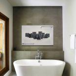 Moderní designový radiátor do koupelny s držákem na ručníky od výrobce Cinier